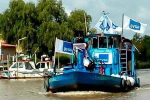 AySA repartió agua potable entre los vecinos del Delta del Paraná